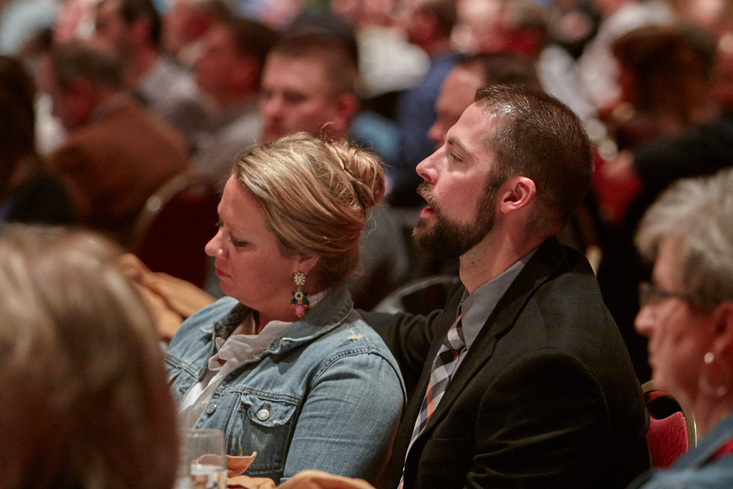 woman and man sitting at the Omaha Leadership Prayer Breakfast